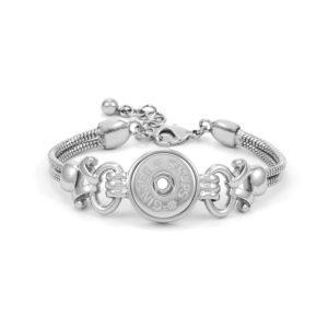 Fluted scroll design on single snap bracelet